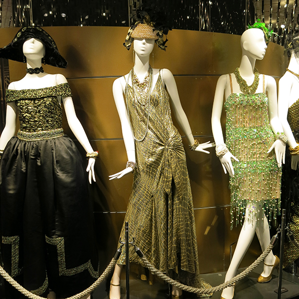 Gatsby costumes at Isetan