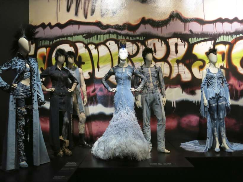 Fashion World of Jean Paul Gaultier_009