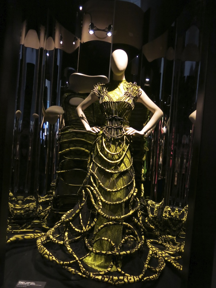 Fashion World of Jean Paul Gaultier_013