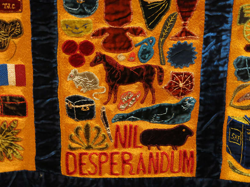Nil Desperandum Bellamy quilt
